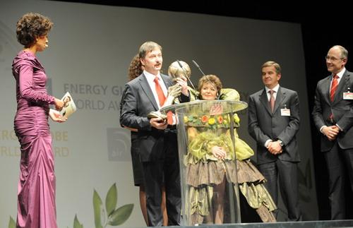 Проекты солнечных домов из России получили  ENERGY GLOBE WORLD AWARD 2010!